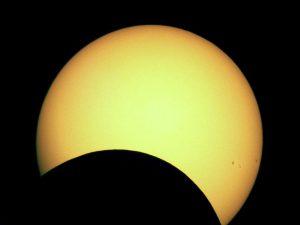 Eclissi parziale di Sole 29 Marzo 2006